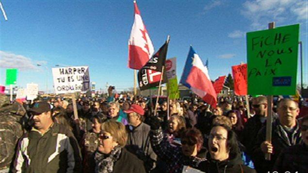 Manifestation contre la réforme de l'assurance-emploi, à Tracadie-Sheila au Nouveau-Brunswick