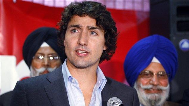 Justin Trudeau parle dans un centre pour personnes âgées à Calgary (Octobre 2012)