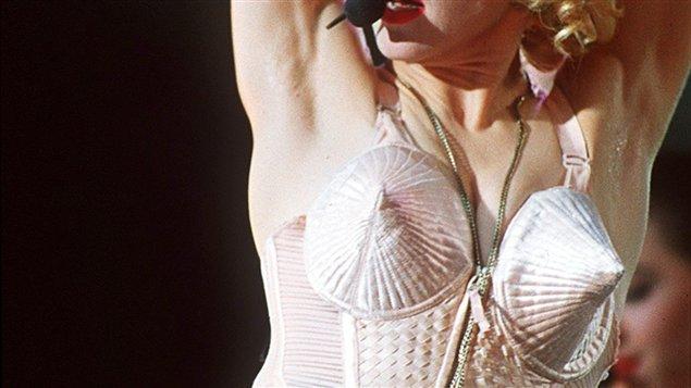 Un des corsets portés par Madonna au début des années 90.