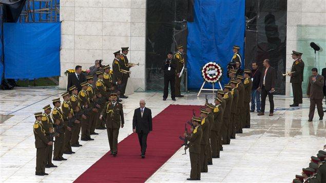 La cérémonie suivant l'exhumation de la dépouille de Yasser Arafat.