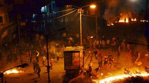 Une manifestation a tourné à l'émeute sur la place Tahrir, au Caire, en Égypte.