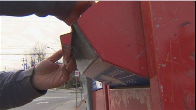 Postes Canada a retiré une vingtaine de ces boîtes aux lettres sur le territoire de Sherbrooke