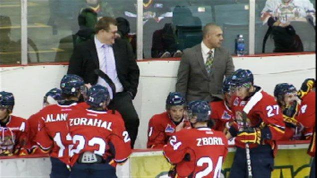 Le Titan d'Acadie-Bathurst et son entraîneur Danny Dupont