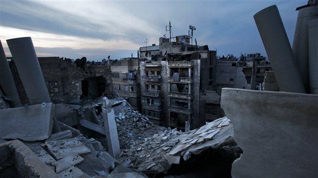 Maisons endommagées à Alep, 29 novembre 2012