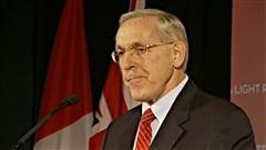 Bob Chiarelli devient ministre de l'Énergie.