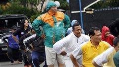 Des policiers de Jakarta