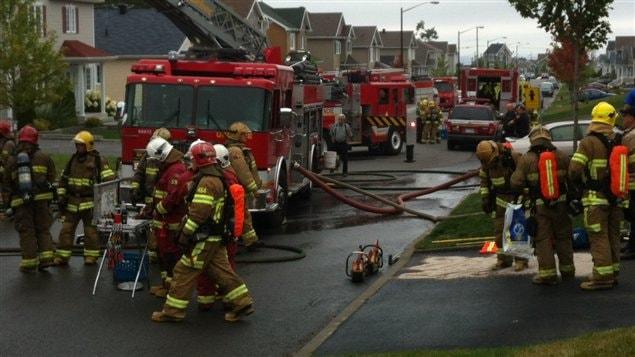 Plusieurs postes ouverts mais peu de nouveaux pompiers for Airess incendie