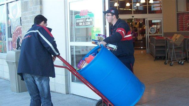 Moisson Outaouais a recueilli plus de 6700 kg de denrées lors de sa collecte de Noël.