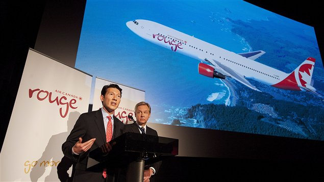 Un vol reliant Montréal à Athènes sera offert par le transporteur à bas prix Air Canada rouge.