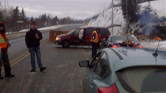 Barrage routier sur la route 132 à Listiguj