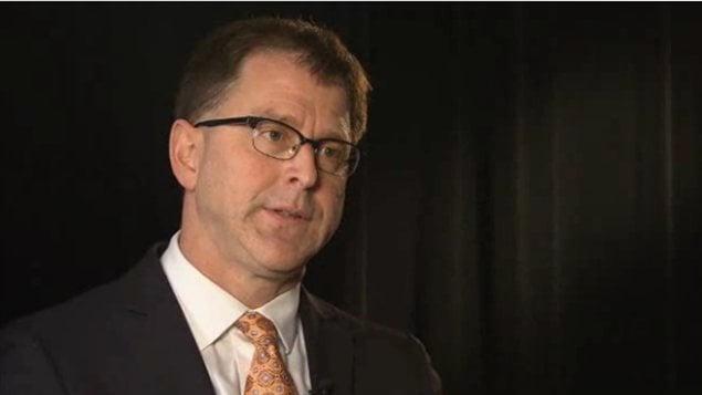 Le chef du Nouveau Parti démocratique de la Colombie-Britannique, Adrian Dix, en entrevue de fin d'année à Radio-Canada en décembre 2012.