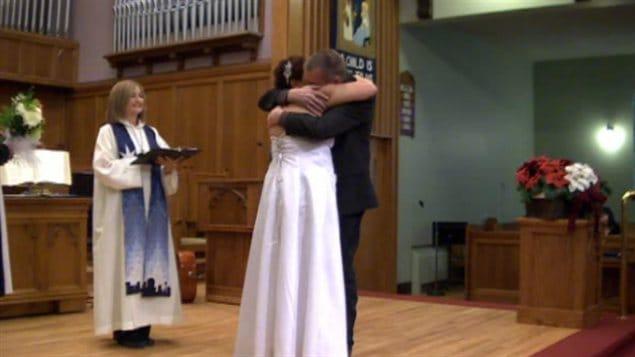 Dolly Sutherland et Mark Witter se sont mariés à l'église unie de Scarboro, jeudi après-midi.
