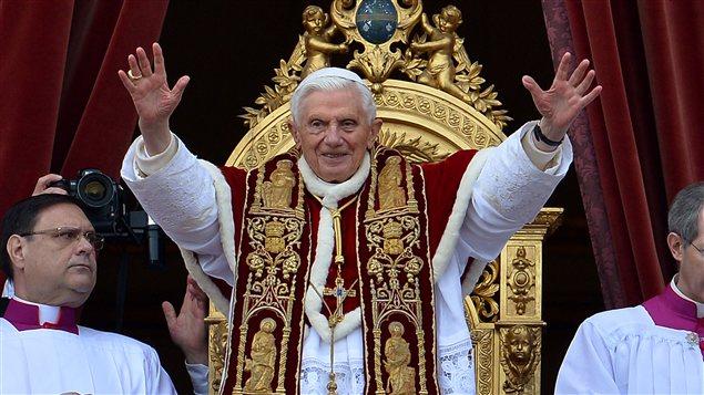 Le pape Benoît XVI, lors de sa bénédiction Urbi et Orbi