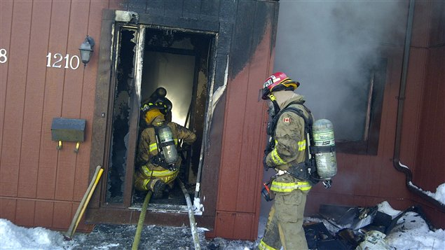 Les flammes se sont déclarées dimanche un peu avant midi.