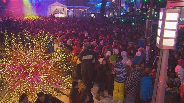 Spectacle du Nouvel an sur la Grande Allée à Québec.