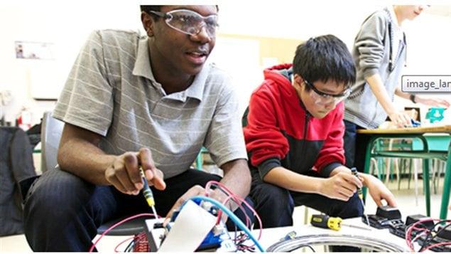 Lancement de l'édition 2013 du concours Robotique First Québec