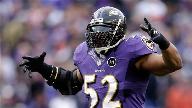 Le secondeur Ray Lewis