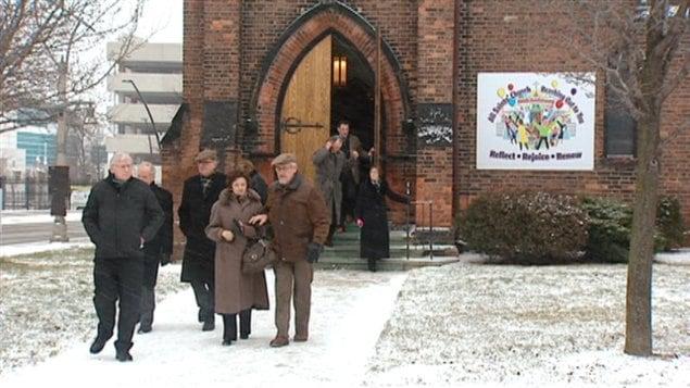 Les funérailles ont eu lieu à Windsor, en Ontario.