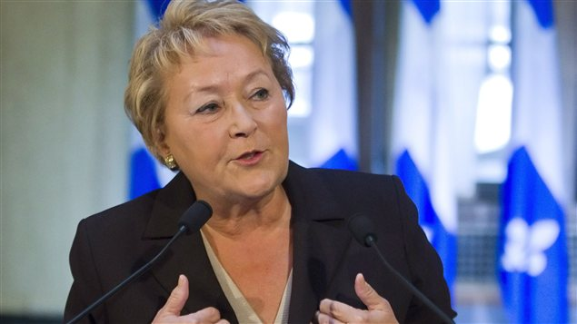 Pauline Marois en conférence de presse