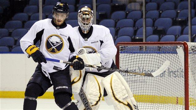 Mikhail Grigorenko restera avec les Sabres de Buffalo pour le reste de la saison.