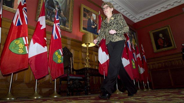 La première ministre désignée de l'Ontario, Kathleen Wynne, à sa sortie du bureau du lieutenant gouverneur David Onley, le 25 janvier 2013