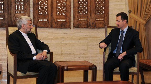 Bachar Al-Assad lors d'un entretien avec Saïd Jalili, qui préside le Conseil national iranien de sécurité