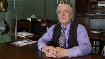 John Pomerleau est le propriétaire d'Alternative Funeral Services