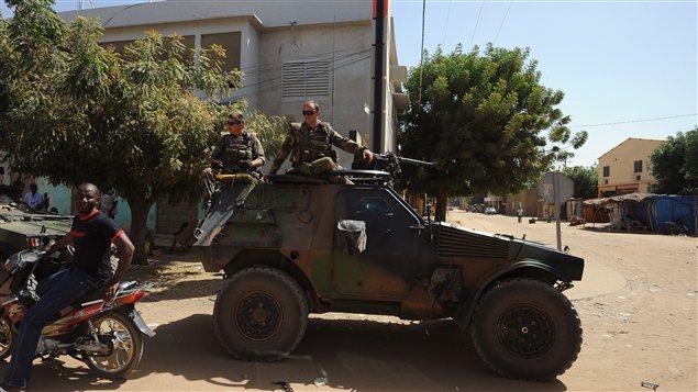 Une patrouille française à Gao