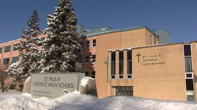 Léon-Hébert Beaulieu a oeuvré dans une vingtaine d'école en Ontario.
