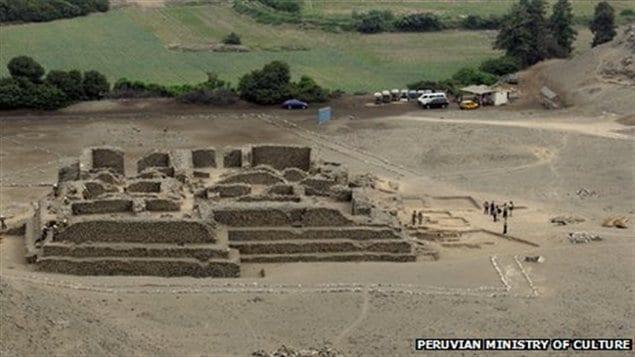 Un groupe d'archéologues péruviens a découvert un temple datant de plus de 5OOO ans à l'est de Lima, au Mali.