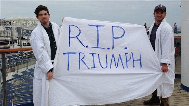 Les passagers du Carnival Triumph se sont tournés vers les réseaux sociaux pour exprimer leur désarroi, face aux mauvaises conditions de vie à bord du paquebot.