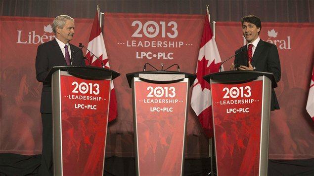Marc Garneau et Justin Trudeau lors du débat à Mississauga