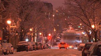 Opérations de déneigement à Montréal