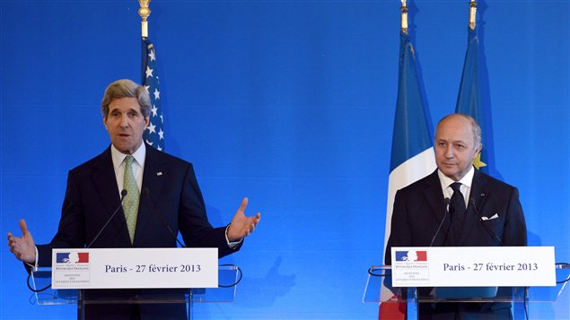 John Kerry avec son homologue français Laurent Fabius