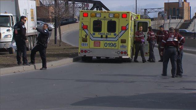 Un cycliste a été tué dans le quartier Griffintown, sur la rue Wellington