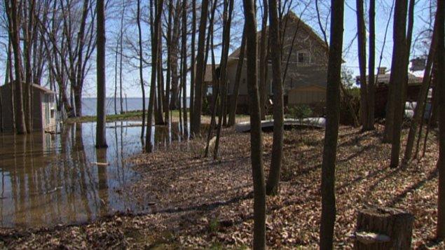 Crue des eaux le niveau des rivi res gatineau et des for Haute zone gatineau