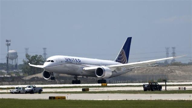 United reprend les vols de ses boeing 787 ici radio for Air madagascar vol interieur horaire