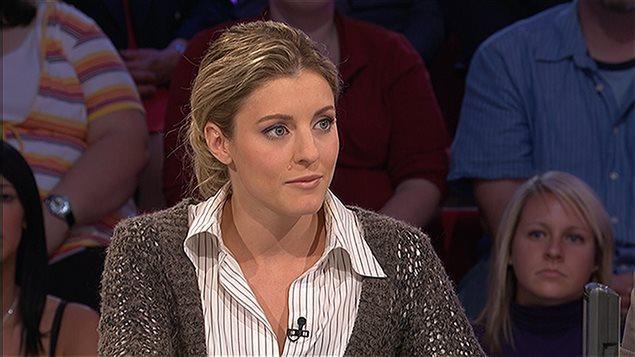 Mélanie Joly lors de son passage à l'émission Tout le monde en parle, en 2008