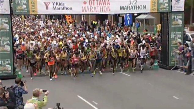 Le départ du marathon d'Ottawa