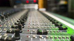 Fin de la publicité sur ICI Musique et CBCRadio 2