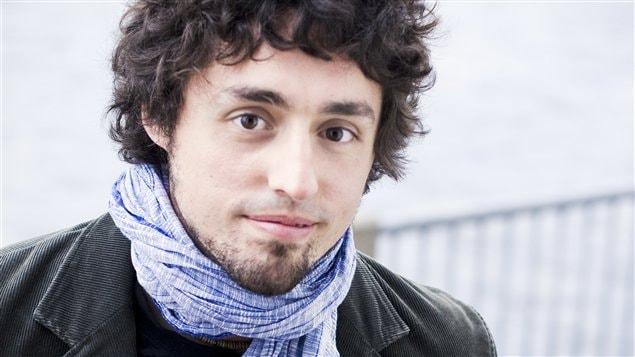 Frédérick Lavoie, lecteur pour le Prix du récit Radio-Canada 2013