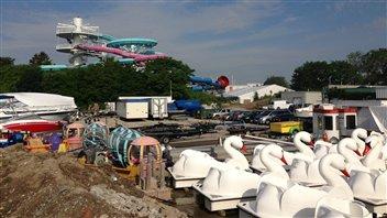 Le parc d'attractions de la Place de l'Ontario est fermé depuis un an et demi.