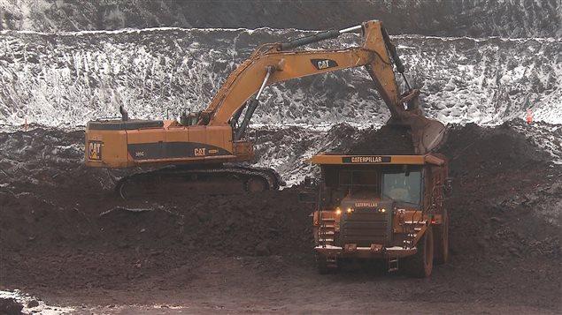 Extraction minière, projet DSO de Tata Steel et New Millenium Iron