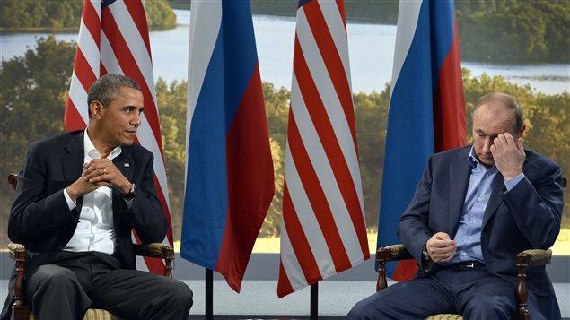 Barack Obama et Vladimir Poutine, lors d'une rencontre bilatérale à l'occasion du sommet du G20 organisé au Mexique en 2012