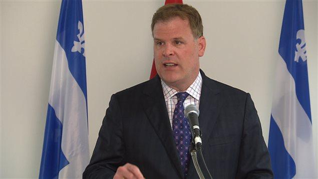 Le ministre des Affaires étrangères, John Baird.