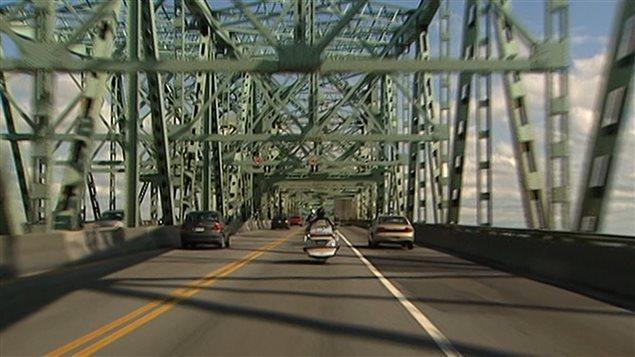 P tition contre le projet de p age sur le pont champlain for Chambre de commerce de la rive sud