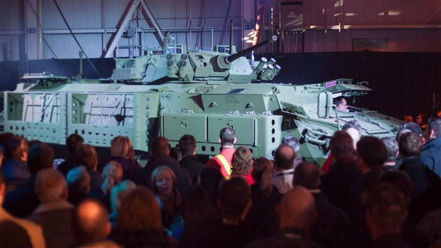 Un véhicule blindé de General Dynamics dévoilé à London en 2012