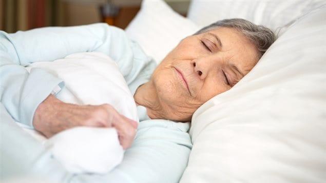 Pour r duire la d pendance aux somnif res ici radio - Bebe ne veut plus dormir dans son lit ...