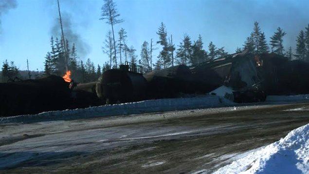 L'accident n'a fait aucune victime, mais il a entraîné l'évacuation de 150 résidents dans un rayon de deux kilomètres.