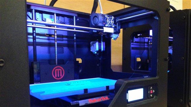 Imprimante 3D à la bibliothèque à Toronto